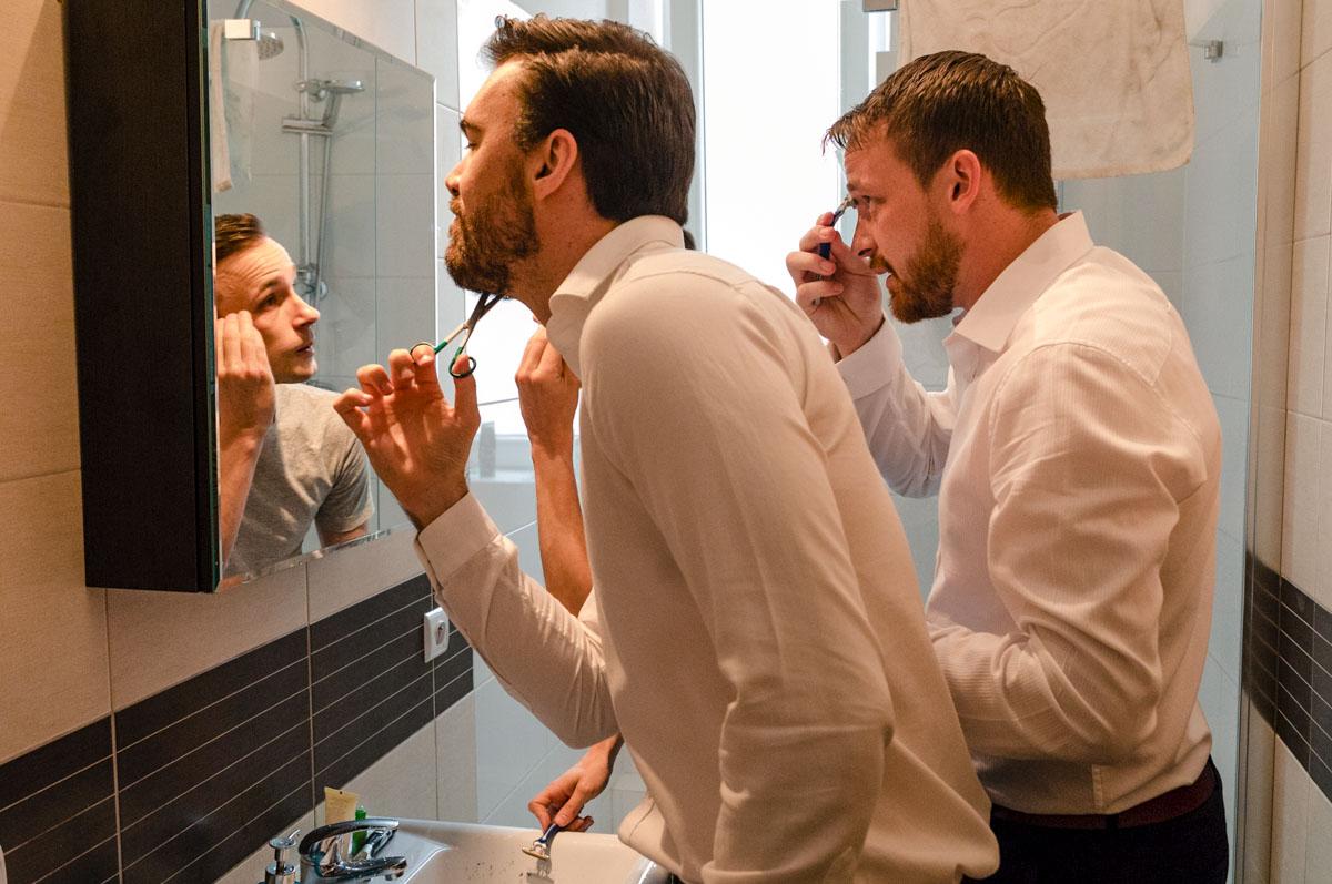 przygotowania ślubne w domu pana mlodego