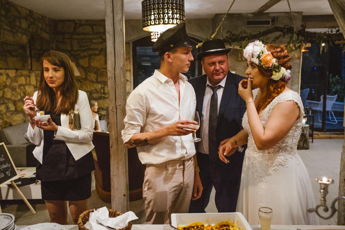 wesele w żabim dworze