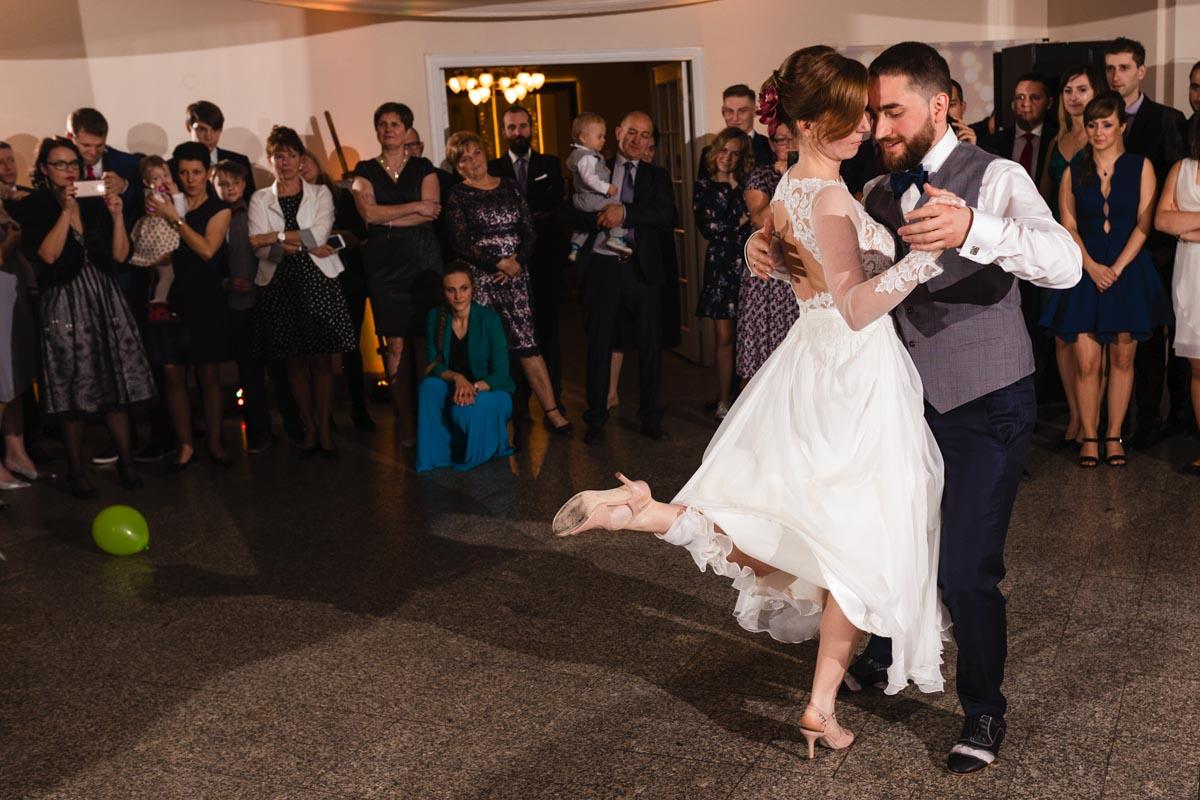 kurs tańca pierwszy taniec