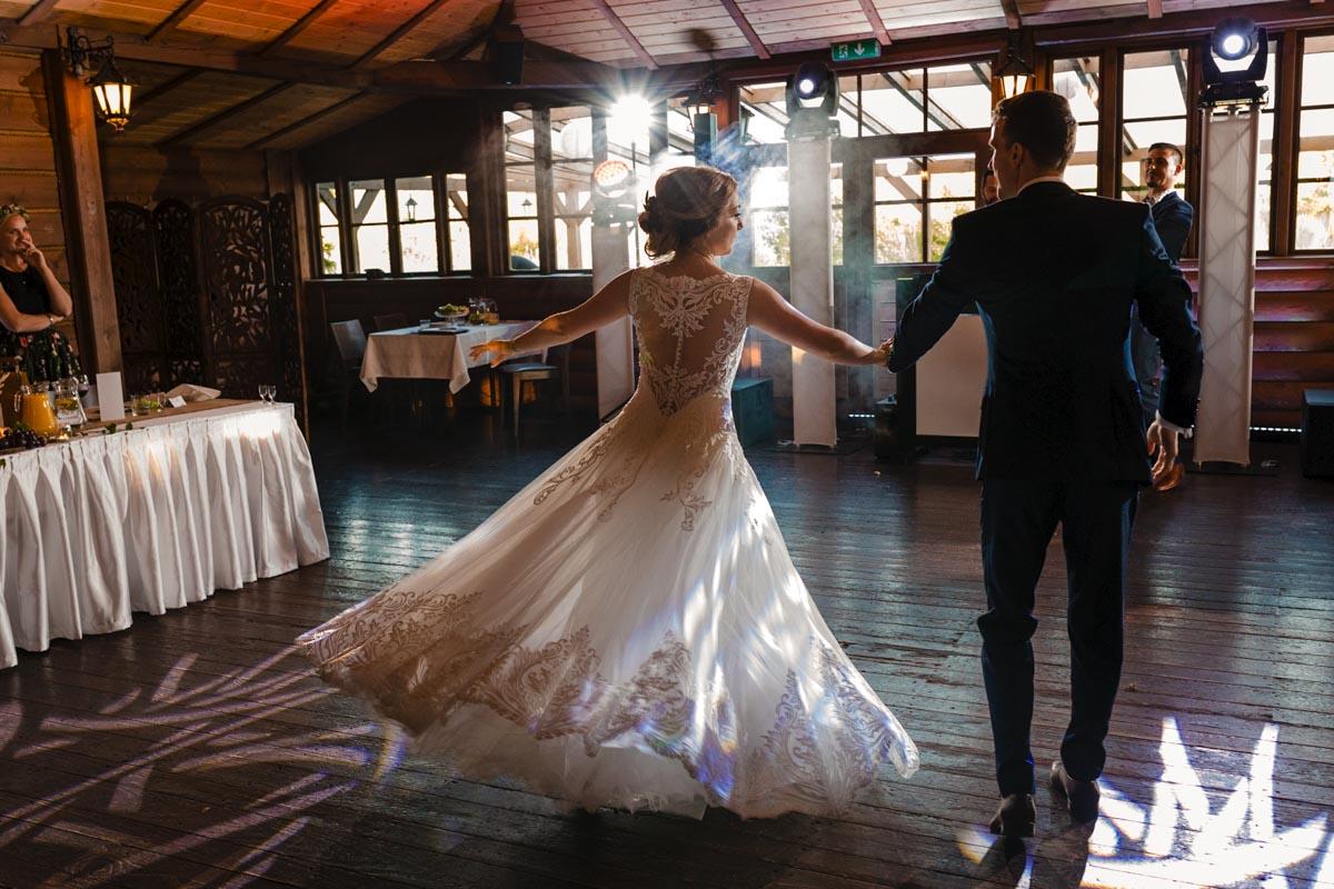 Pierwszy taniec w witkowej chacie