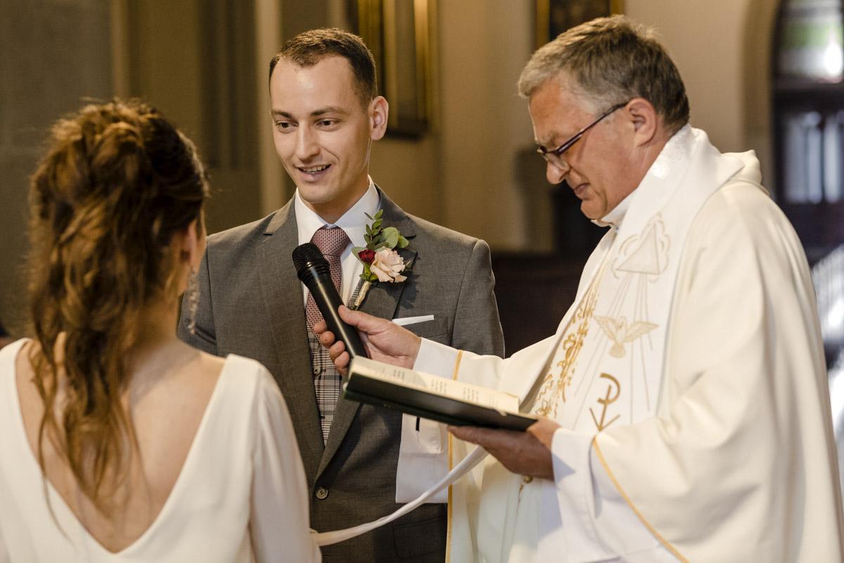 reportaż ślubny z przysięgi ślubnej
