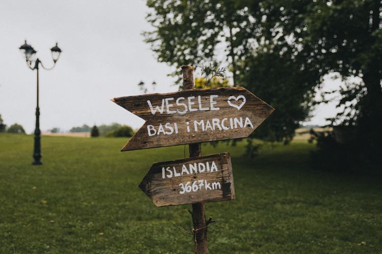 wiejskie wesele w stodole folwark Wiązy